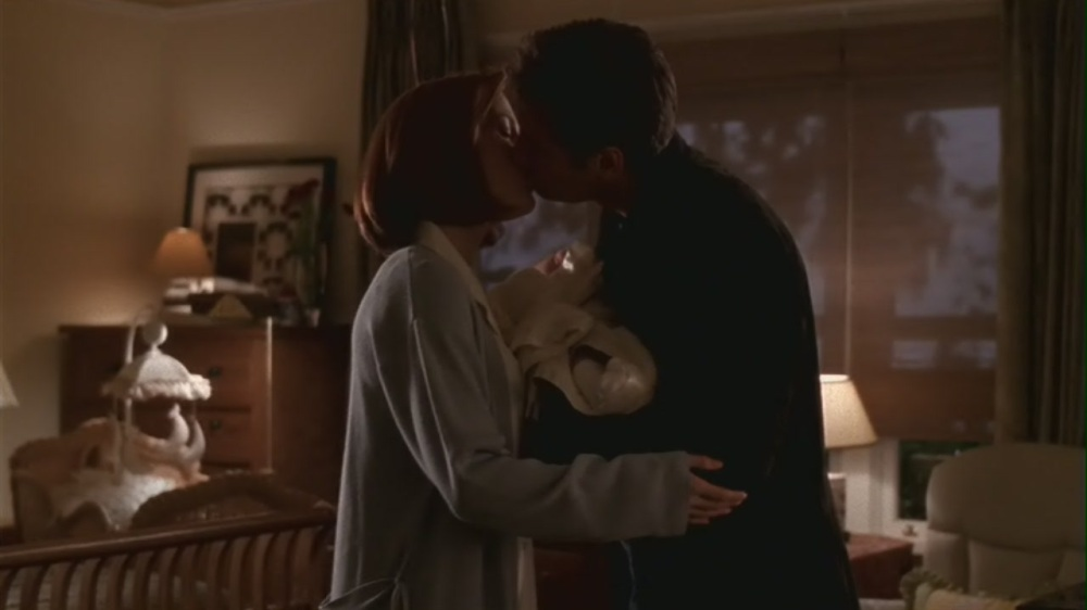 Mulder Scully Kiss